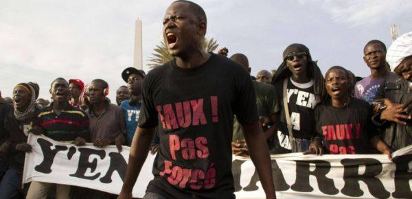 Image de manifestation du collectif Yen a marre du Sénégal